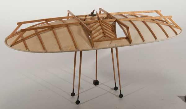 Modell av flygmaskin konstruerad av Emanuel Swedenborg
