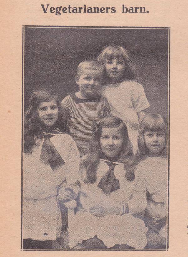 Bild på fem barn under rubriken vegetarianers barn, ur Vegetarianen